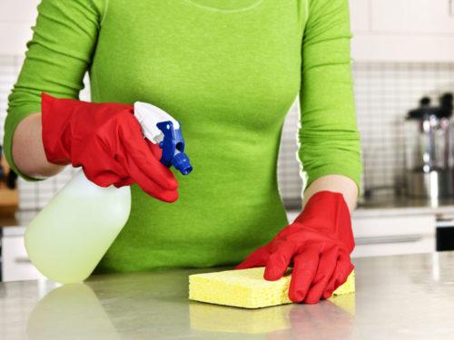 Уборка в перчатках